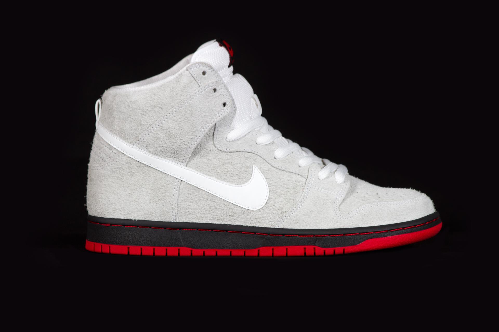 NikeSB_DunkHi_BlackSheep_Profile