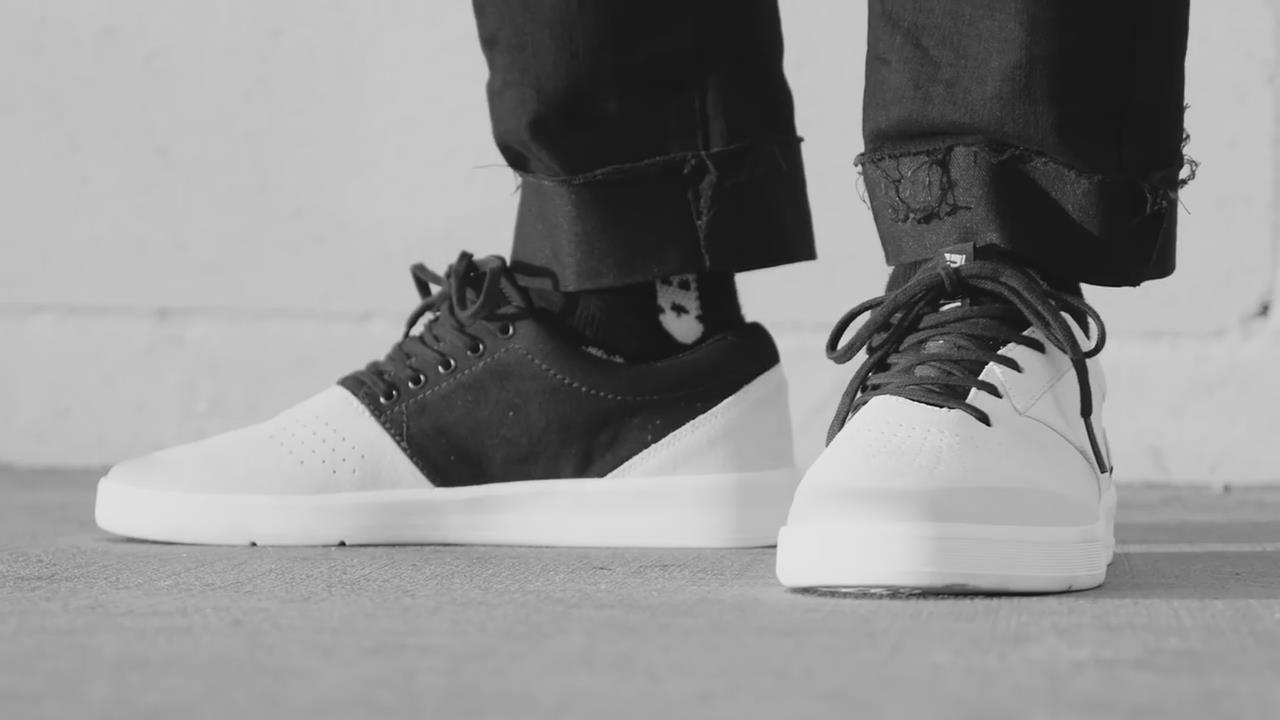 ebb317be1a5 Supra为旗下滑手Dane Vaughn用Shifter鞋款打造了其个人签名款配色,Dane Vaughn也为此特地拍摄了宣传短片。