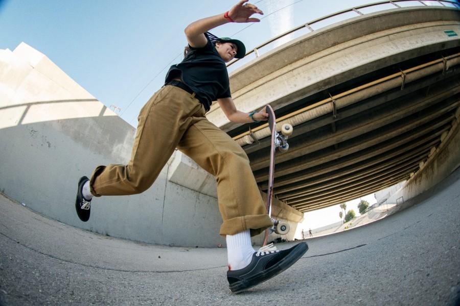 FA21_Skate_AuthenticChinoRelaxed_FabianaDelfino_AA90626