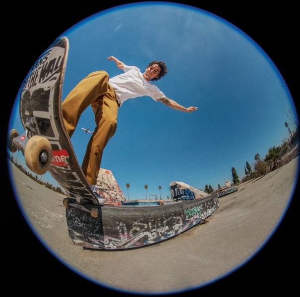 FA21_Skate_AuthenticChinoRelaxed_RowanZorilla_A7R0080