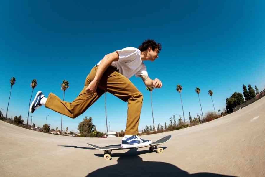 FA21_Skate_AuthenticChinoRelaxed_RowanZorilla_A7R9787
